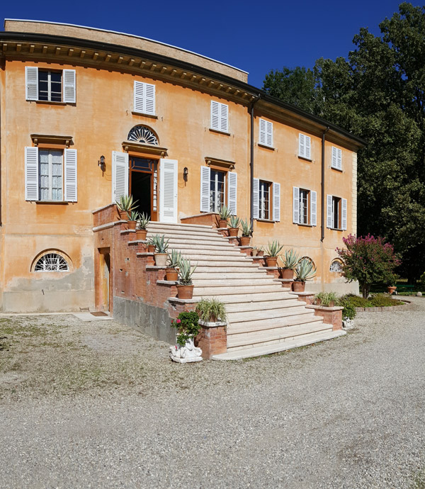 villa-home-carosello